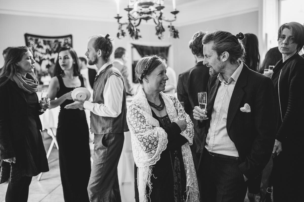 04Freynoi-Hochzeitsfotografie-Waldviertel-Schlooss-Wetzlas-6014