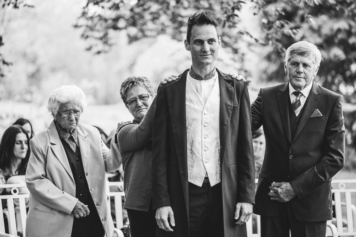 25Freynoi-Hochzeitsfotografie-Waldviertel-Schlooss-Wetzlas-0323