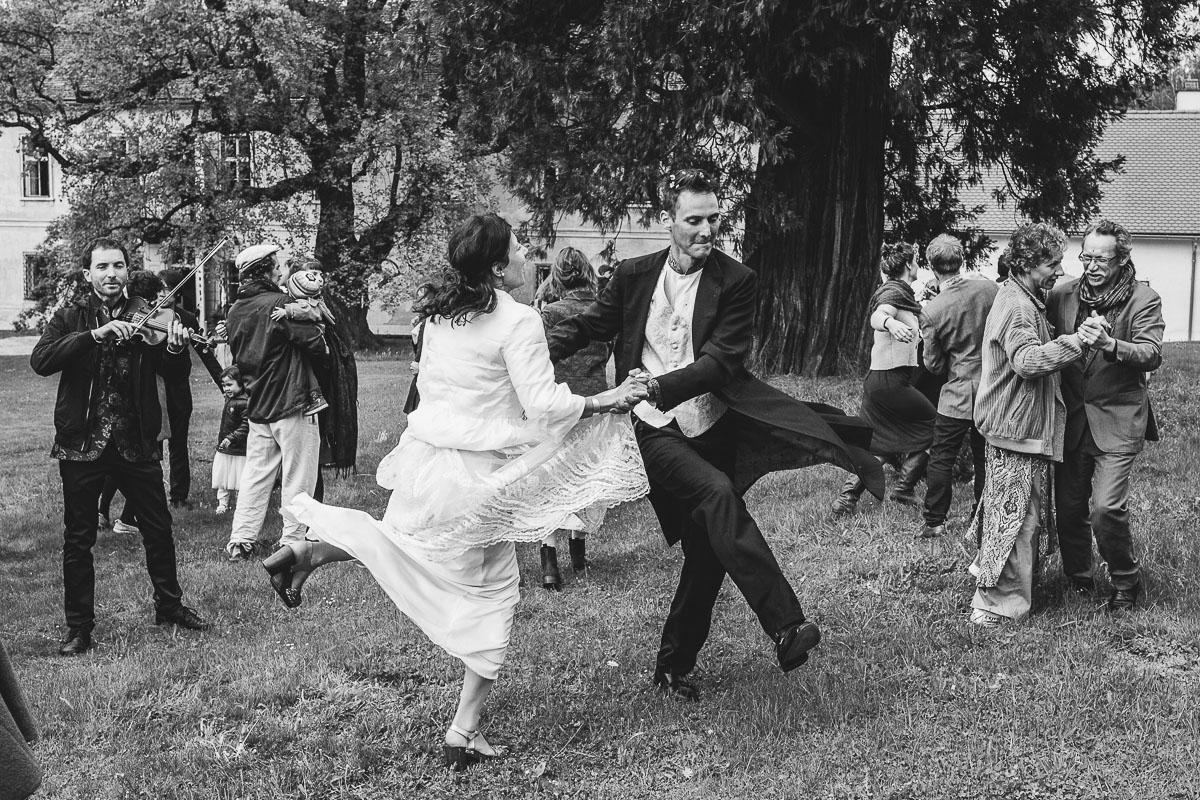 52Freynoi-Hochzeitsfotografie-Waldviertel-Schlooss-Wetzlas-6611
