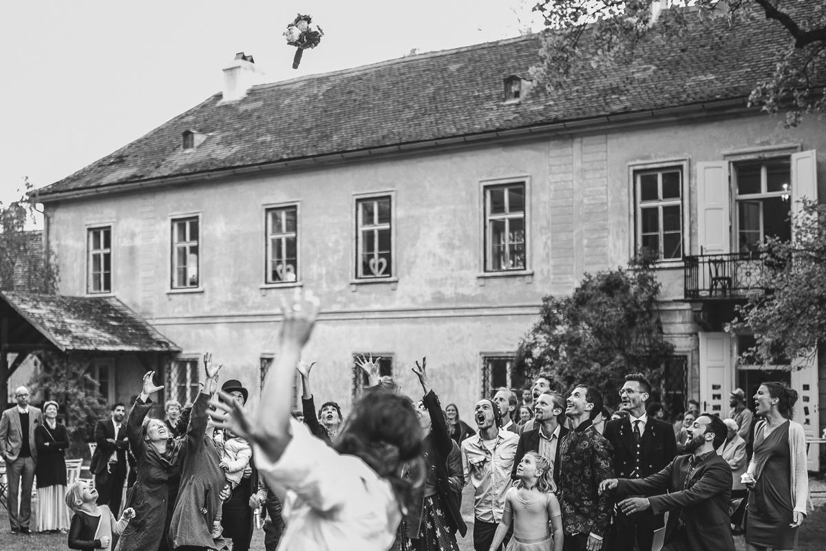 84Freynoi-Hochzeitsfotografie-Waldviertel-Schlooss-Wetzlas-7256