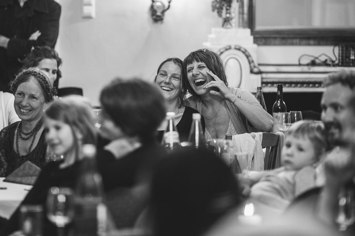 87Freynoi-Hochzeitsfotografie-Waldviertel-Schlooss-Wetzlas-7456
