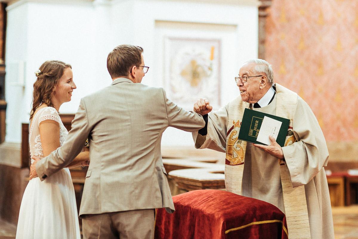 1_Hochzeit-Kletzmayrhof-diehochzeitsfotografinnen-130