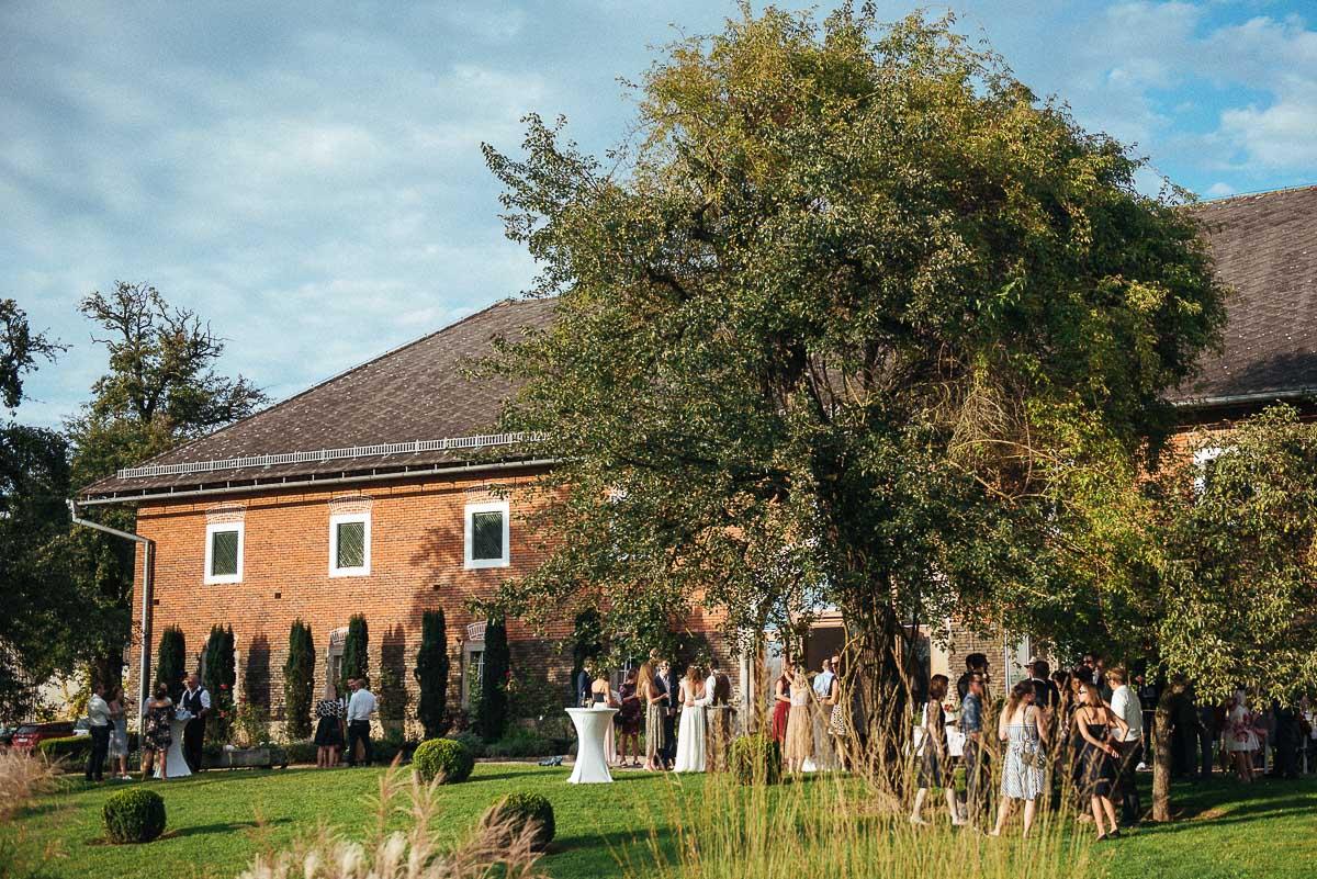 1_Hochzeit-Kletzmayrhof-diehochzeitsfotografinnen-143